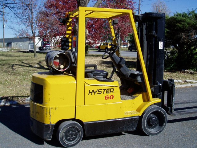 Hyster 6,000 Pound Cushion Forklift -835
