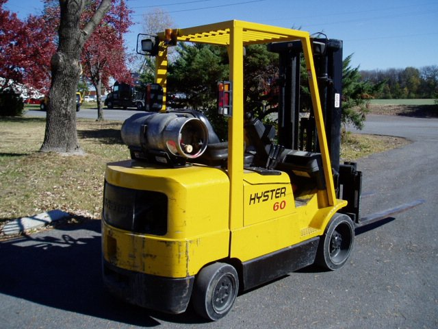 Hyster 6,000 Pound Cushion Forklift -836