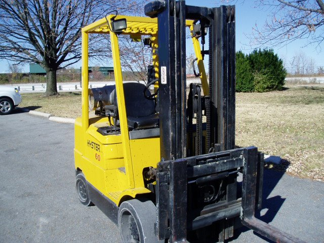 Hyster 6,000 Pound Cushion Forklift -840