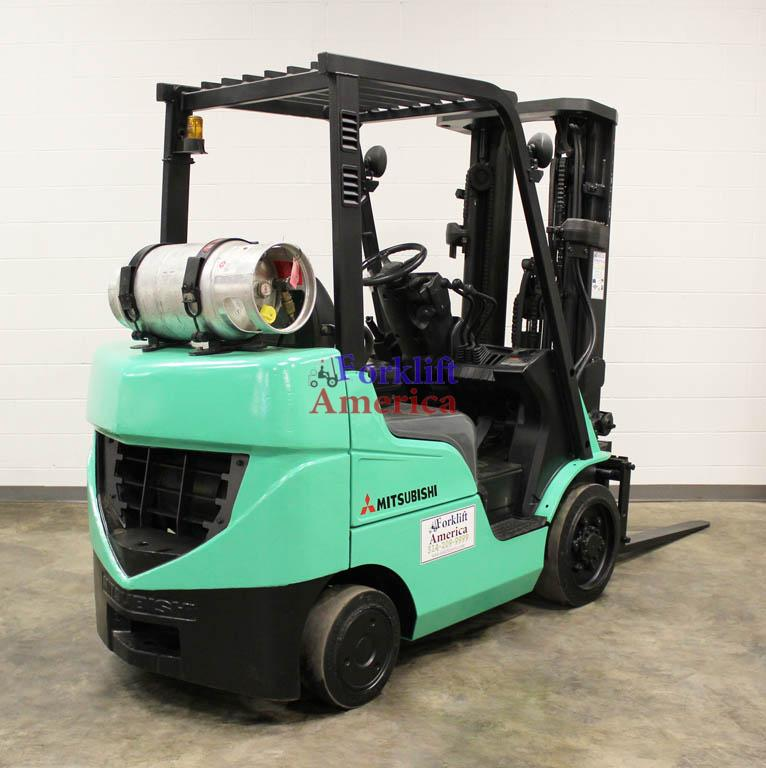 5,000 LB Mitsubishi FGC25N Cushion Forklift w/NEW ENGINE!!!-12045