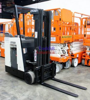 3,000 LB Crown RC3020-30 Stand-Up Forklift (St. Louis)