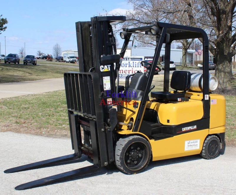 6,000 LB Caterpillar GC30K Cushion Forklift (St. Louis)