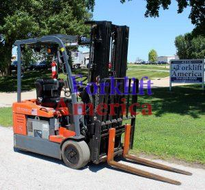 used-toyota-electric-3-wheel-forklift-3000-st louis-missouri